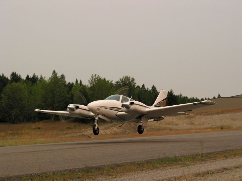 Beechcraft Baron 55-2
